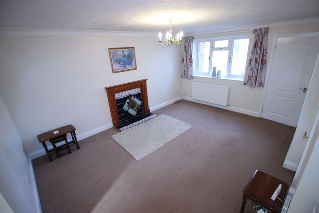 Thumbnail Semi-detached house to rent in Cranberry Walk, Blackwater, Camberley