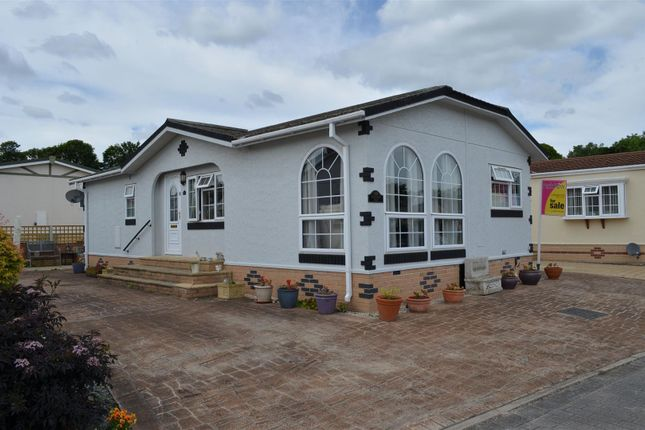 Thumbnail Mobile/park home for sale in Ashtree Way, Knottingley