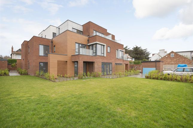 2 bed flat for sale in Botany Court, Kingsgate Avenue, Broadstairs CT10