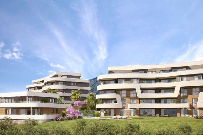 3 bed apartment for sale in Las Lagunas De Mijas, Malaga, Spain