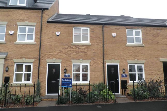 Thumbnail Town house for sale in Brades Rise, Oldbury