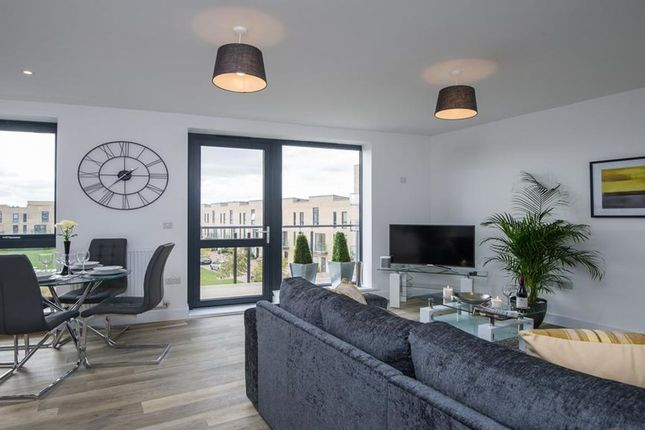 Thumbnail Flat to rent in Whittle Avenue, Cambridge