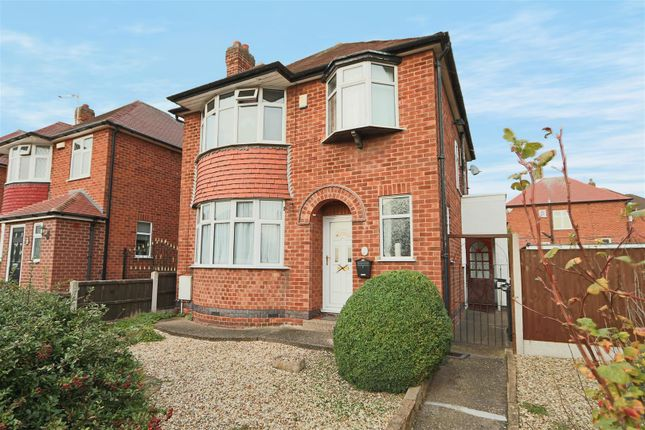 Thumbnail Detached house for sale in Lynton Gardens, Arnold, Nottingham