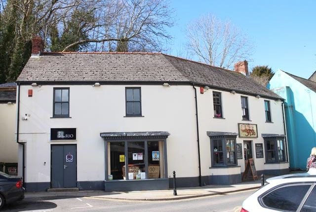 Thumbnail Pub/bar for sale in Haverfordwest, Pembrokeshire
