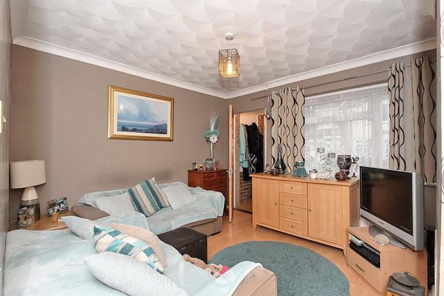 Thumbnail Semi-detached house for sale in Shortlands Road, Sittingbourne