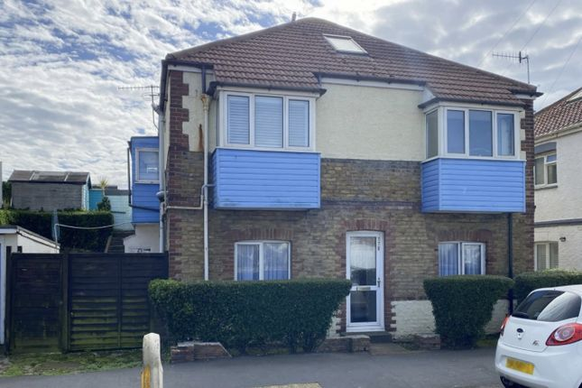 3 bed flat for sale in Brighton Road, Lancing BN15