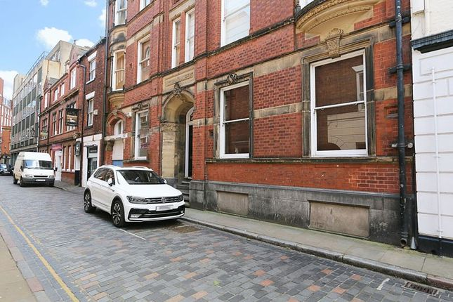 Thumbnail Flat for sale in Bowlalley Lane, Hull