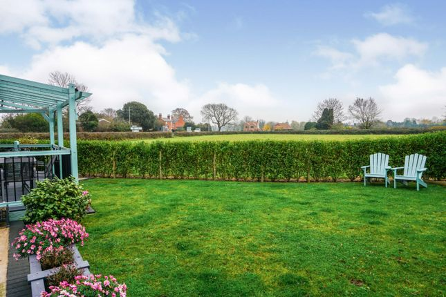 Garden of Great North Road, Sutton On Trent, Newark NG23