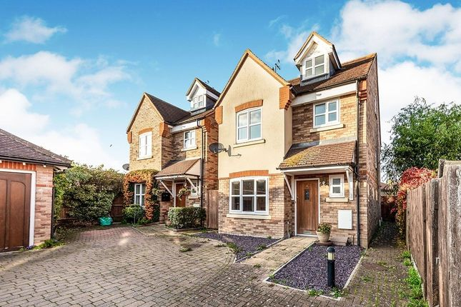 Thumbnail Detached house to rent in Fordham Courtyard, Stotfold, Hitchin