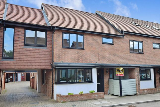 Thumbnail Terraced house for sale in Teddington Drive, West Malling, Kent