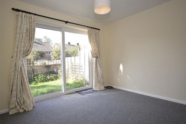 Thumbnail Flat to rent in Nash Close, Keynsham, Bristol