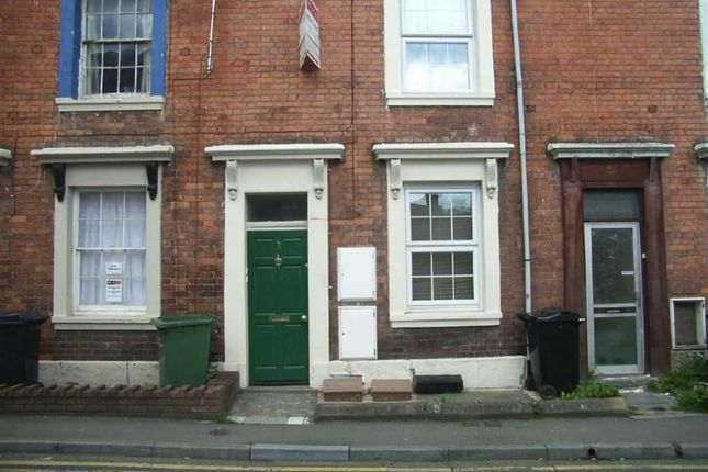 Thumbnail Flat to rent in Middleton Road, Oswestry, Shropshire