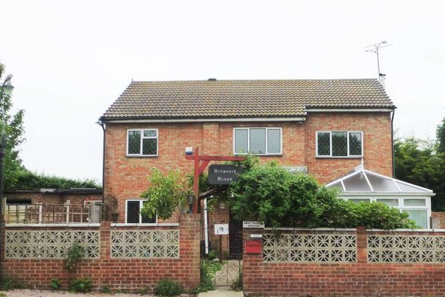 Thumbnail Detached house to rent in Lower Higham Road, Gravesend
