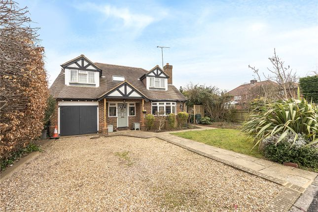 Thumbnail Detached house for sale in Amberley Close, Harpenden, Hertfordshire