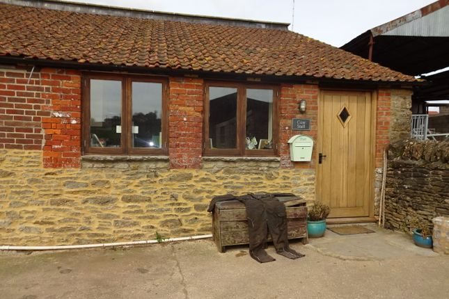 Thumbnail Barn conversion to rent in High Street, Hardington Mandeville, Yeovil