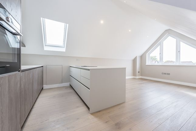 Thumbnail Flat to rent in Woodfield Road, London