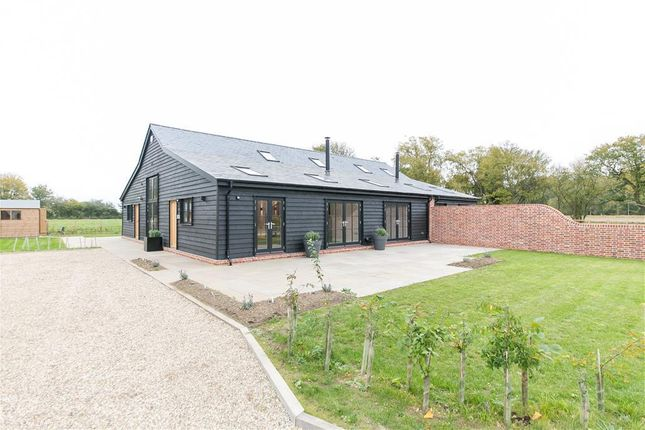 Thumbnail Barn conversion to rent in Alphamstone, Bures