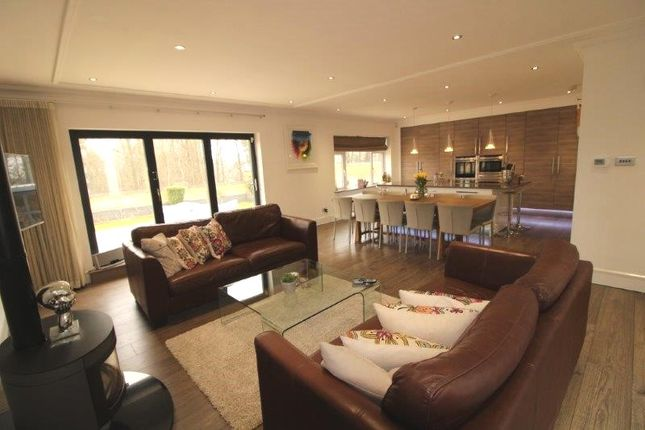 Thumbnail Detached bungalow for sale in Vineyards Road, Northaw