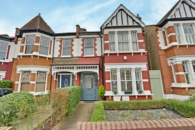 Thumbnail Flat for sale in Radcliffe Road, Winchmore Hill