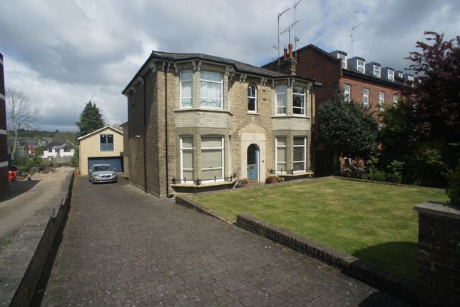 Duplex for sale in Station Road, Barnet