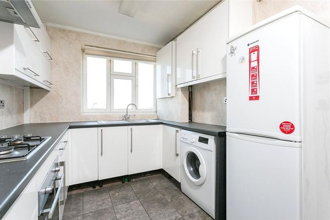 Thumbnail Maisonette for sale in Cornwall Street, London