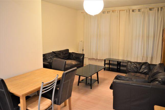 Thumbnail Duplex to rent in Walworth Road, Kennington