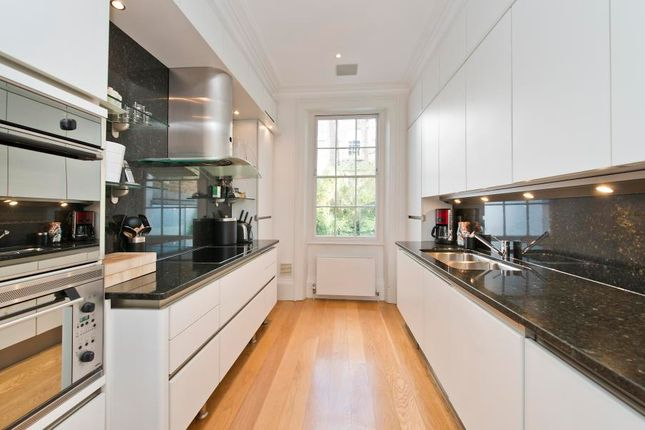 Thumbnail Property to rent in Northumberland Place, London