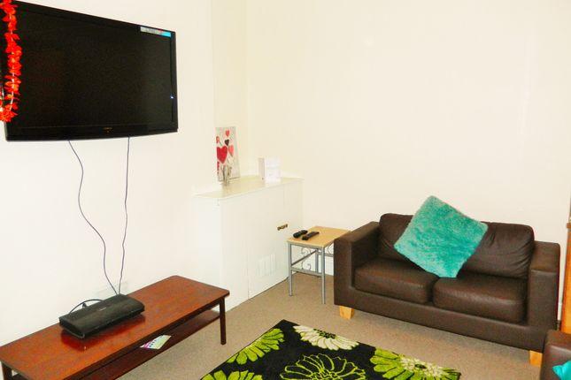 Thumbnail Property to rent in Calvert Terrace, Mount Pleasant, Swansea