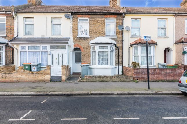 Terraced house for sale in Stamford Road, London