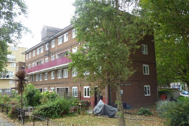 Thumbnail Flat for sale in Hickling House, Slippers Place, London