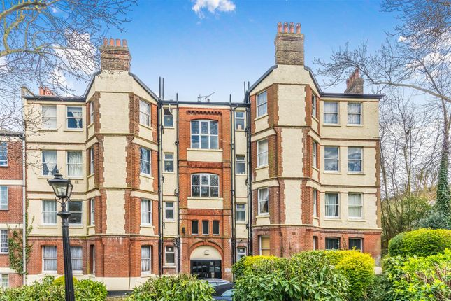 Thumbnail Flat for sale in London Road, London