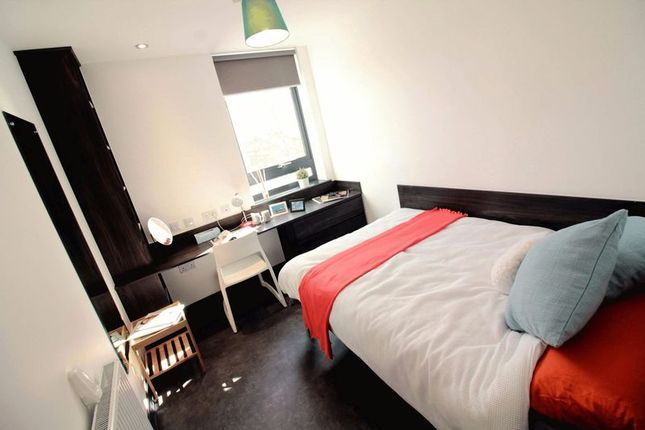 Thumbnail Flat to rent in Clarence Street, Sandyford, Newcastle Upon Tyne