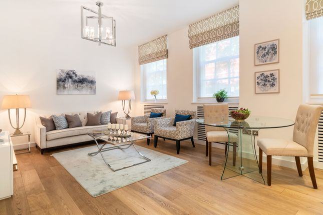 Lowndes Square, Knightsbridge SW1X, 2 bedroom flat for ...