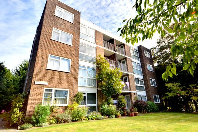 1 bed flat for sale in Arundel Court, Beckenham Grove, Bromley