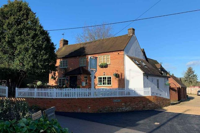 Thumbnail Restaurant/cafe for sale in Frieth, Henley-On-Thames