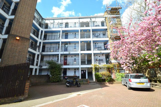 1 bed flat for sale in Faraday House, Brightlingsea Place, London E14