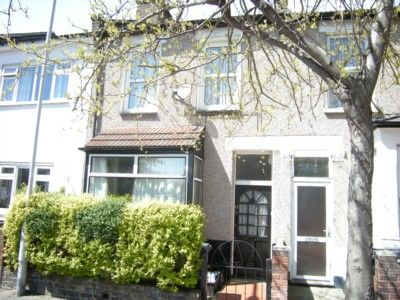 Thumbnail Flat to rent in Norman Road, London