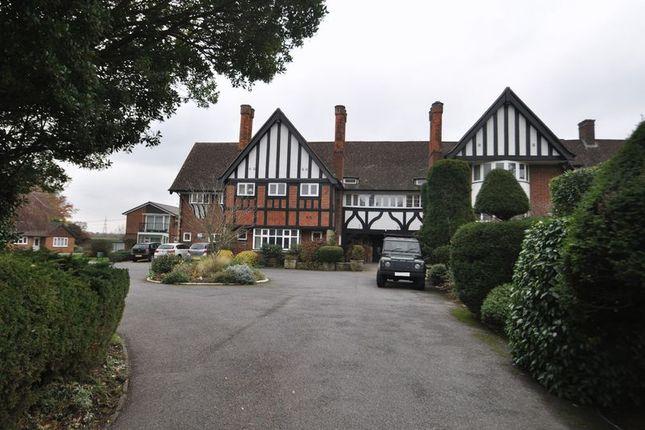 Thumbnail Flat to rent in The Rythe, Copsem Lane, Esher