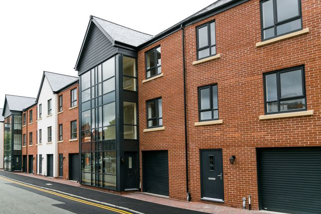 Thumbnail Town house for sale in Cestria Row, Charles Street, Chester