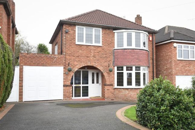 Thumbnail Detached house for sale in Calthorpe Close, Walsall
