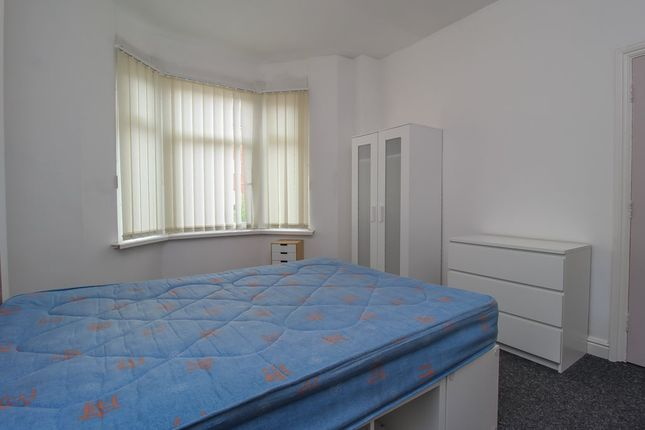 Bedroom One (2) of North Road, Cathays, Cardiff CF10