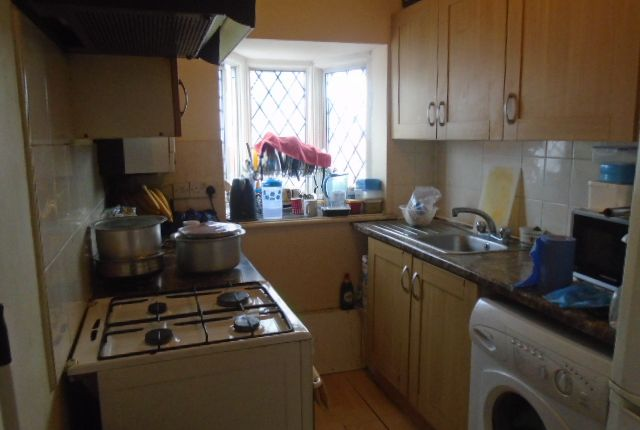 Thumbnail Maisonette to rent in Masefield Avenue, Southall