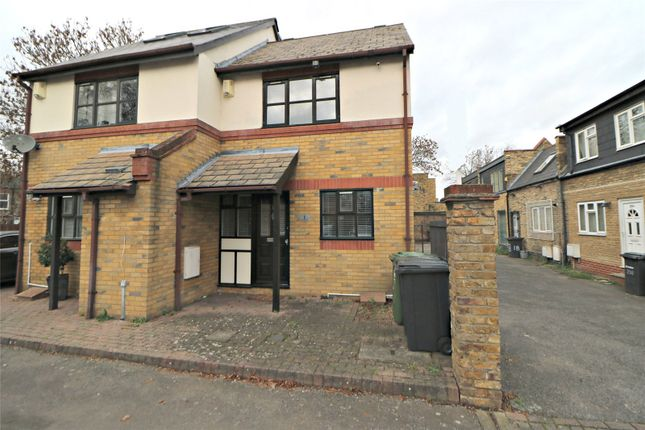 1 bed semi-detached house for sale in Burleigh Walk, Catford, London SE6