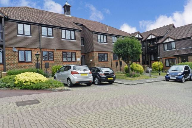 Thumbnail Property for sale in Fromow Gardens, Windlesham