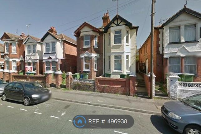 4 bedroom semi-detached house to rent in Newcombe Road, Southampton