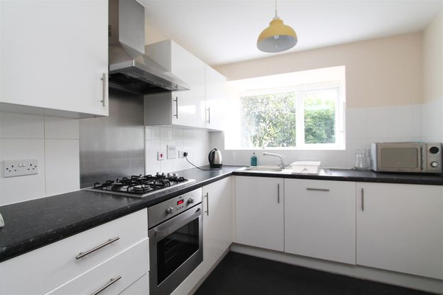 Thumbnail Property to rent in Aviation Avenue, Hatfield