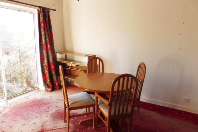 Dining Area of Skiers View Road, Hoyland Common S74