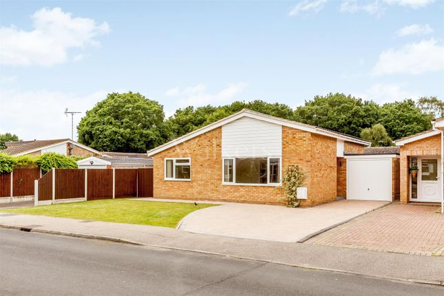 Thumbnail Bungalow for sale in Leigh Drive, Wickham Bishops, Witham