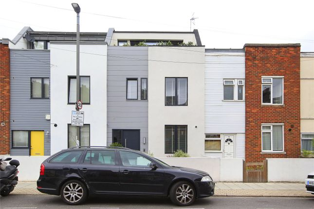 Picture No. 10 of Fernlea Road, Balham, London SW12