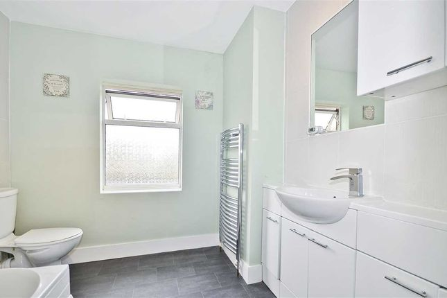 Bathroom of Brunswick Crescent, New Southgate N11